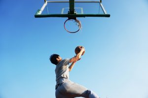 Pexels shoulder 1basketball-dunk-blue-game-163452